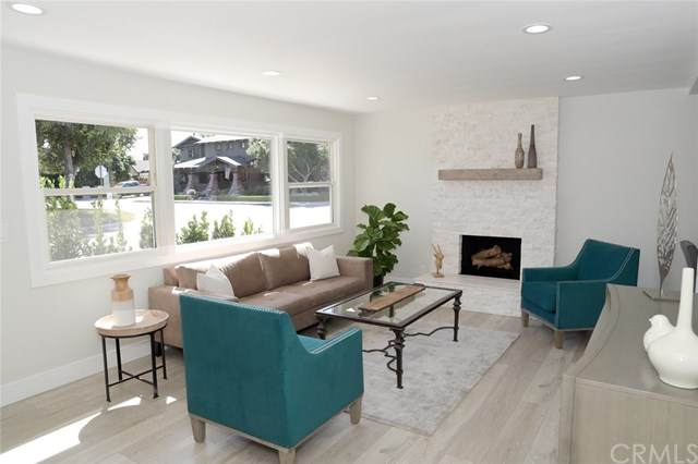 2253 Elden Avenue, Costa Mesa, CA 92627 (#OC21015042) :: Realty ONE Group Empire