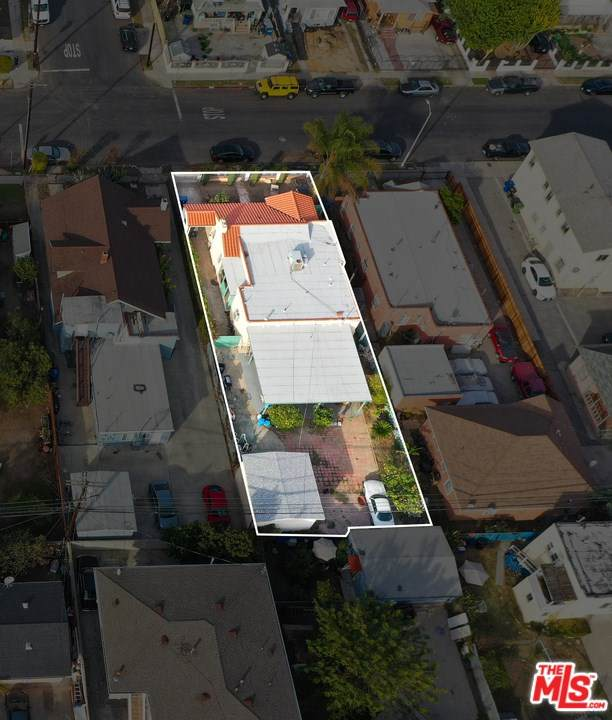 1314 W 35Th Place, Los Angeles (City), CA 90007 (#21684214) :: Doherty Real Estate Group