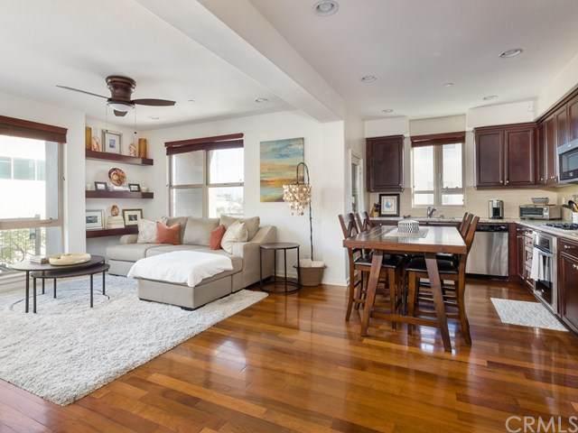 5507 W 149th Place #16, Hawthorne, CA 90250 (#SB21015212) :: Frank Kenny Real Estate Team