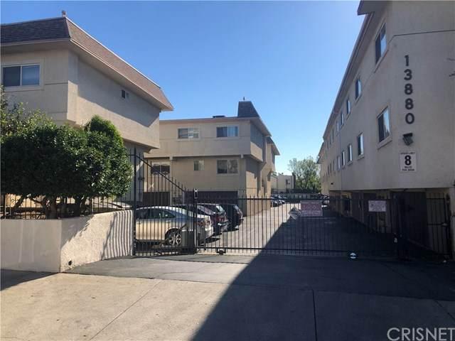 13880 Sayre Street #34, Sylmar, CA 91342 (#SR21015333) :: Realty ONE Group Empire