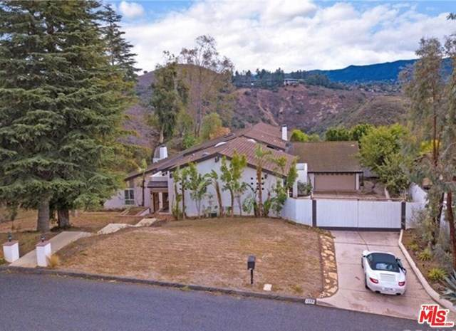 1350 Camino Cristobal, Thousand Oaks, CA 91360 (#21684468) :: Team Forss Realty Group
