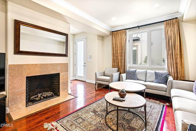 1020 S Marengo Avenue #3, Pasadena, CA 91106 (#P1-3041) :: RE/MAX Empire Properties