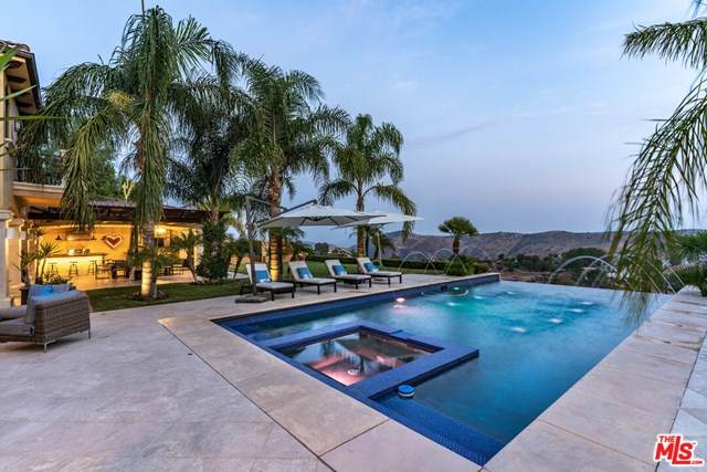 2 Corral Road, Bell Canyon, CA 91307 (#21684498) :: RE/MAX Masters