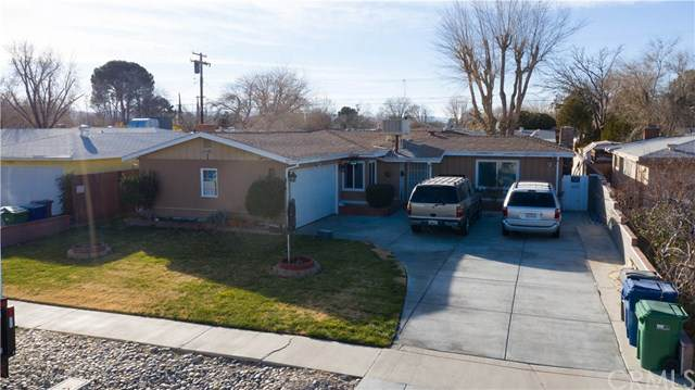 44933 Harlas Avenue, Lancaster, CA 93534 (#DW20259000) :: Compass