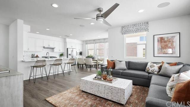 141 Fable, Irvine, CA 92618 (#OC21016321) :: The Marelly Group | Compass