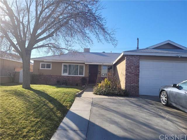 43747 Beech Avenue, Lancaster, CA 93534 (#SR21016712) :: Realty ONE Group Empire