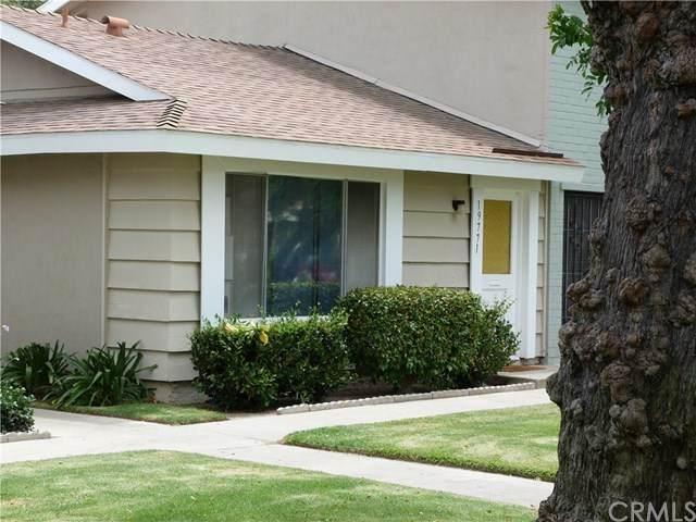 19771 Inverness Lane, Huntington Beach, CA 92646 (#OC21016753) :: Crudo & Associates