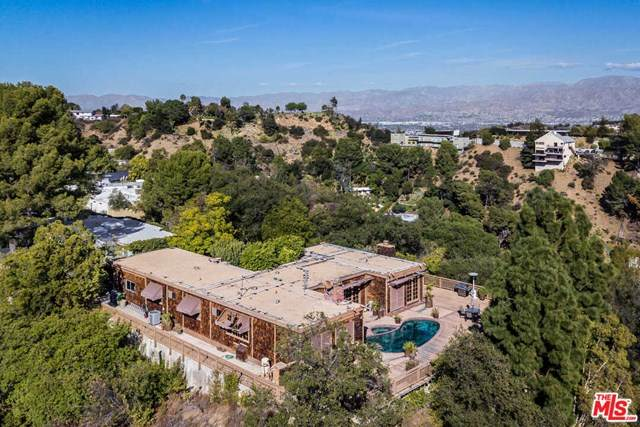 2401 Crest View Drive, Los Angeles (City), CA 90046 (#21685020) :: Team Forss Realty Group