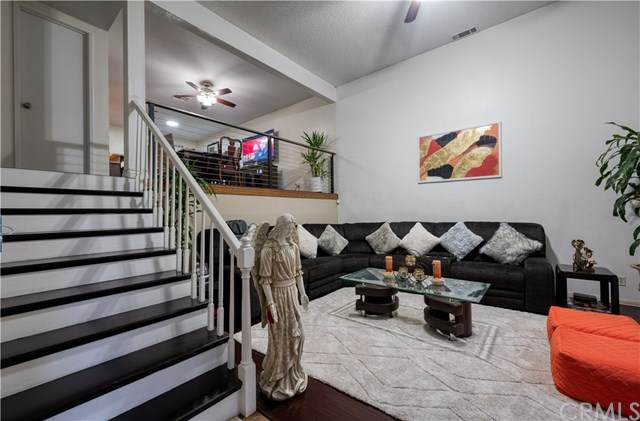 535 E 223rd Street #7, Carson, CA 90745 (#PW21016961) :: Team Forss Realty Group