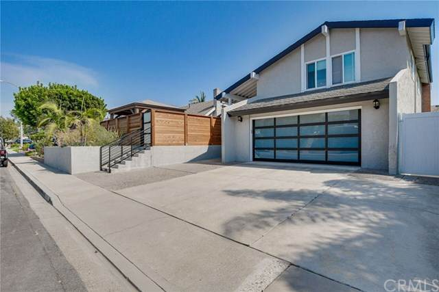 1925 Lanai Drive, Costa Mesa, CA 92626 (#PW21016880) :: Mainstreet Realtors®