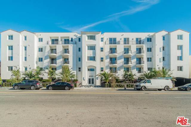 850 Crenshaw Boulevard - Photo 1