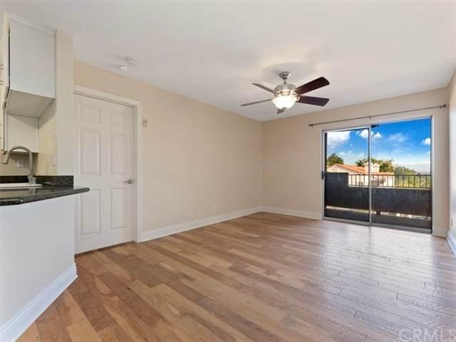 2450 San Gabriel Way #202, Corona, CA 92882 (#OC21014500) :: Realty ONE Group Empire