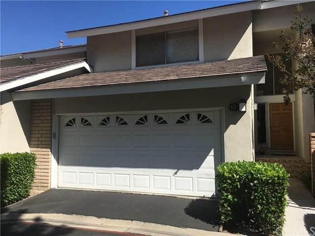 31 Glenhurst #18, Irvine, CA 92604 (#OC21013437) :: Go Gabby