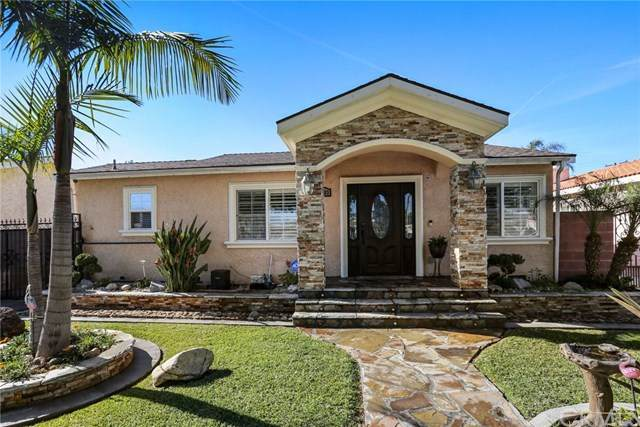 10603 San Luis Avenue, South Gate, CA 90280 (#IG21017446) :: Go Gabby