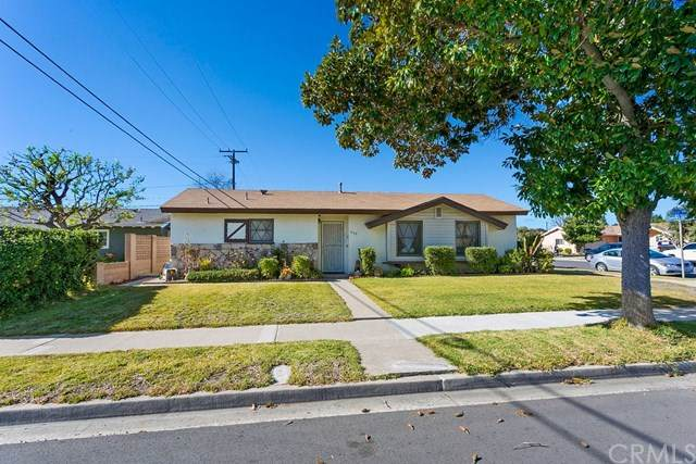 803 S Bruce Street, Anaheim, CA 92804 (#OC21017522) :: Frank Kenny Real Estate Team