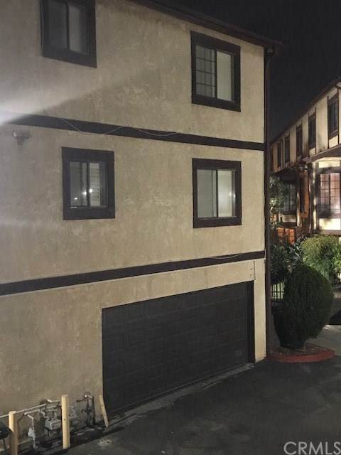 515 W Gardena Boulevard #82, Gardena, CA 90248 (#SB21017456) :: Team Forss Realty Group