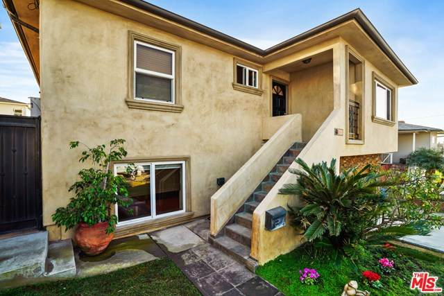 830 10Th Street, Hermosa Beach, CA 90254 (#21688018) :: The Alvarado Brothers