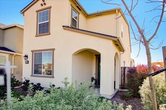 2008 Heartland Court, Hollister, CA 95023 (#ML81828633) :: Power Real Estate Group