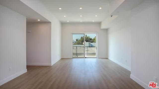 909 Le Doux Road - Photo 1
