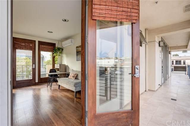 727 2nd Street #107, Hermosa Beach, CA 90254 (#SB21024771) :: Power Real Estate Group