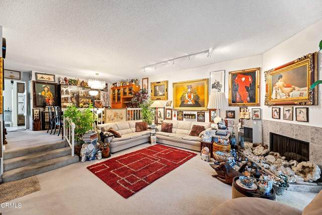 5711 Owensmouth Avenue - Photo 1