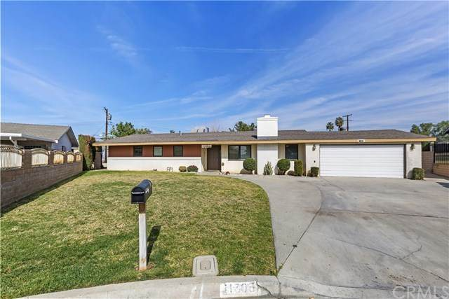 11805 Arliss Lane, Grand Terrace, CA 92313 (#IV21031783) :: Millman Team