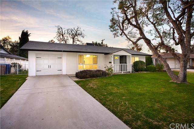 913 Pebble Beach Drive, Bakersfield, CA 93309 (#NS21032237) :: Power Real Estate Group