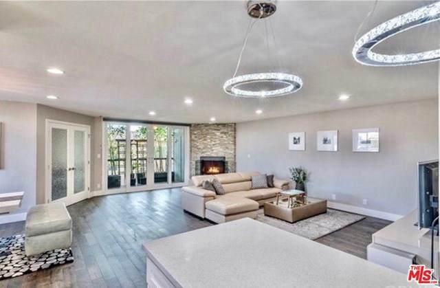 150 N Almont Drive #203, Beverly Hills, CA 90211 (#21694410) :: Mainstreet Realtors®
