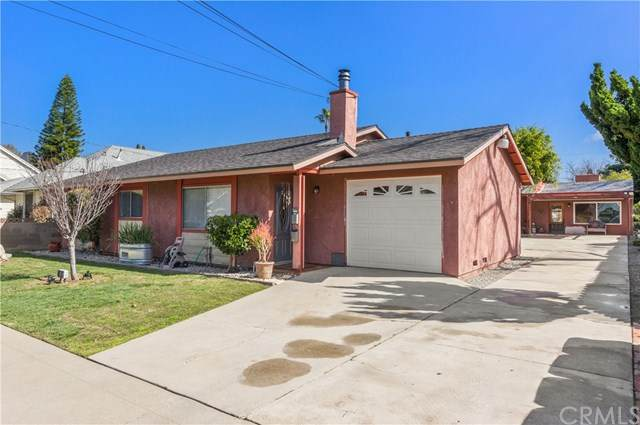 267 N Cleveland Street, Orange, CA 92866 (#OC21034897) :: Better Living SoCal