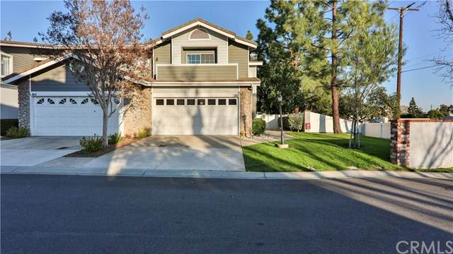 102 Amber Oaks Lane, Glendora, CA 91741 (#CV21035596) :: Millman Team