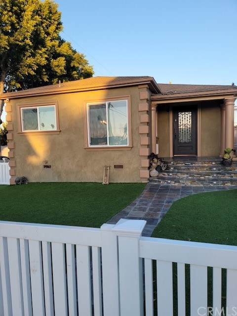 3900 Olmsted Avenue, Los Angeles (City), CA 90008 (#PW21035802) :: Millman Team
