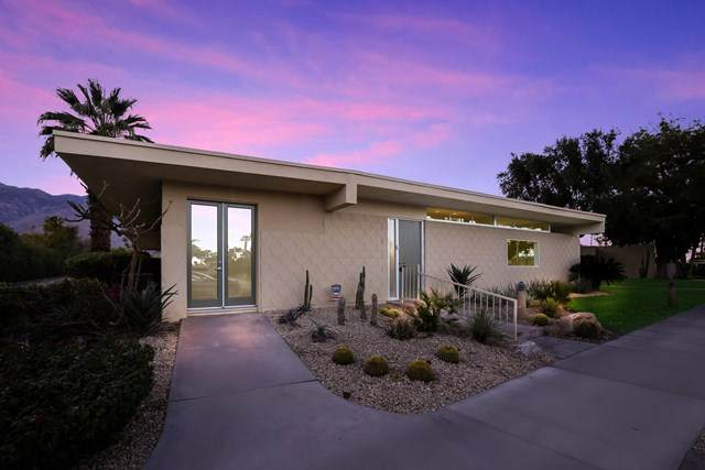 383 Desert Lakes Drive, Palm Springs, CA 92264 (#219057684PS) :: Team Forss Realty Group