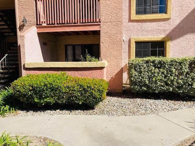 12015 Alta Carmel Court #306, San Diego, CA 92128 (#NDP2101898) :: Veronica Encinas Team
