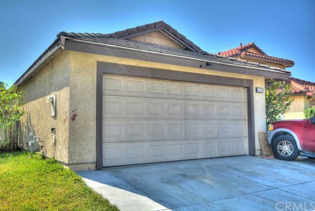 2074 Buttonwood Street, Colton, CA 92324 (#IV21033292) :: Veronica Encinas Team