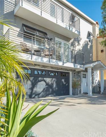3520 Walnut Avenue, Manhattan Beach, CA 90266 (#SB21036889) :: Millman Team
