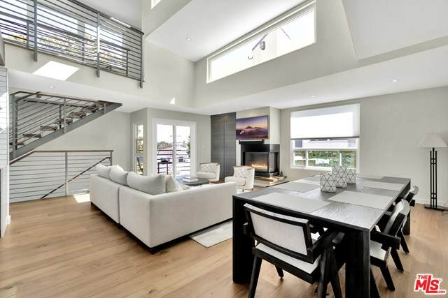 2432 7th #1, Santa Monica, CA 90405 (#21691836) :: The Costantino Group | Cal American Homes and Realty