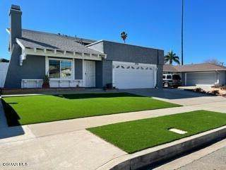 2710 Currier Avenue, Simi Valley, CA 93065 (#221000924) :: Power Real Estate Group