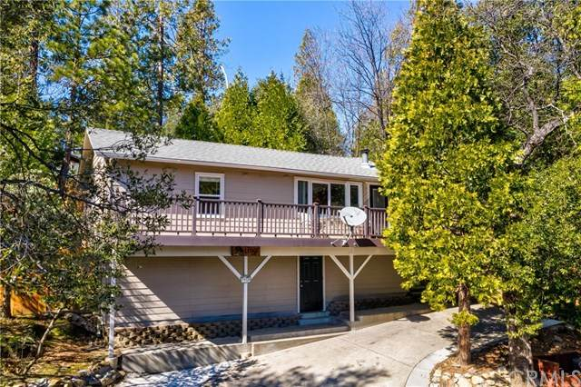 39320 Ledge, Bass Lake, CA 93604 (#FR21037499) :: Mainstreet Realtors®