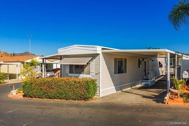 211 N. Citrus Ave #135, Escondido, CA 92027 (#210004669) :: Power Real Estate Group