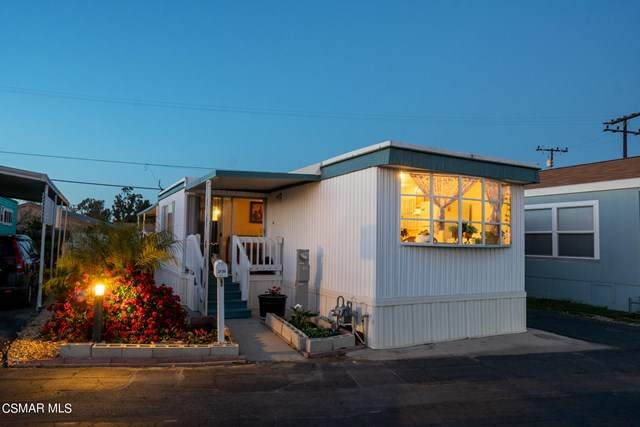 2125 Thrush Avenue, Oxnard, CA 93033 (#221000937) :: Mainstreet Realtors®