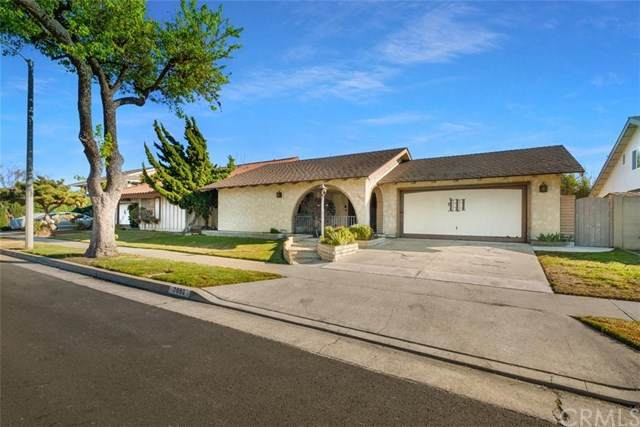 7092 Starlight Circle, Huntington Beach, CA 92647 (#OC21038146) :: Mainstreet Realtors®