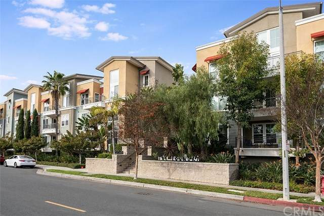 2349 Jefferson Street #410, Torrance, CA 90501 (#SB21033041) :: Millman Team
