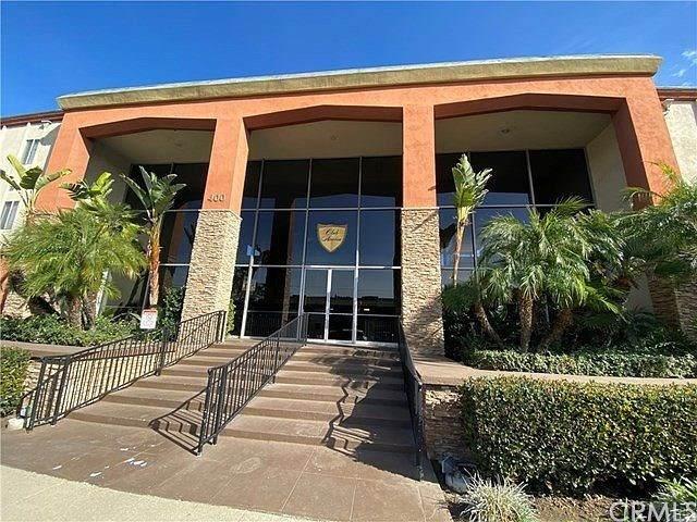 400 N Acacia Avenue A13, Fullerton, CA 92831 (#PW21037508) :: The Veléz Team