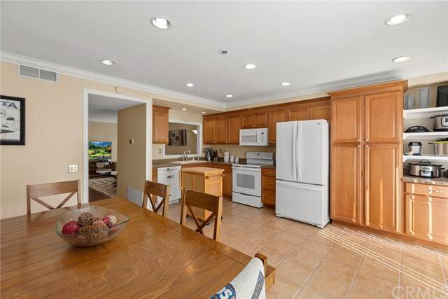 25885 Trabuco Road #114, Lake Forest, CA 92630 (#PW21038381) :: Better Living SoCal