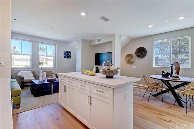 11764 Carraige Lane, Whittier, CA 90602 (#PW21038481) :: Mainstreet Realtors®