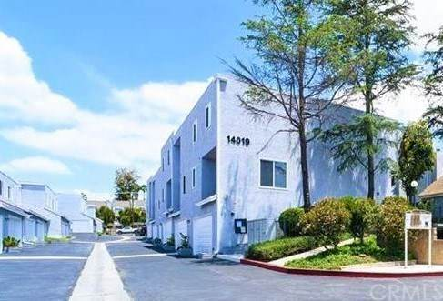 14019 Leffingwell Road #207, Whittier, CA 90604 (#SW21038121) :: Necol Realty Group