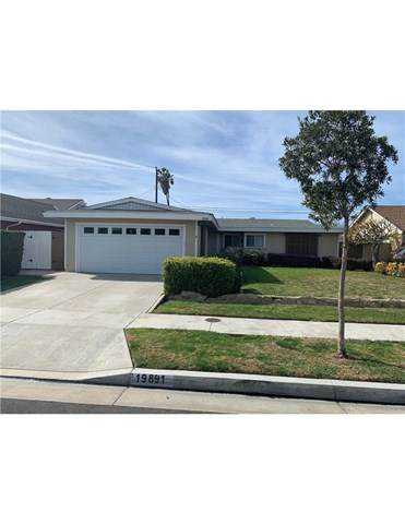 19891 Providence Lane, Huntington Beach, CA 92646 (#OC21038802) :: Veronica Encinas Team