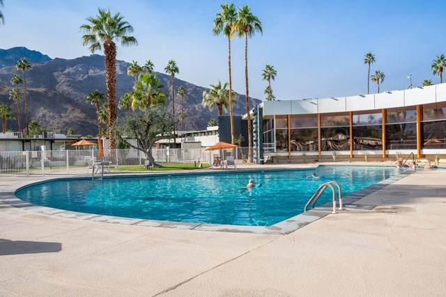1111 E Palm Canyon Drive #101, Palm Springs, CA 92264 (#219057880PS) :: Rogers Realty Group/Berkshire Hathaway HomeServices California Properties
