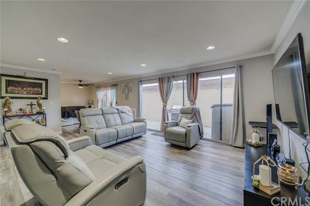 15500 Tustin Village Way #81, Tustin, CA 92780 (#RS21030814) :: Wahba Group Real Estate | Keller Williams Irvine