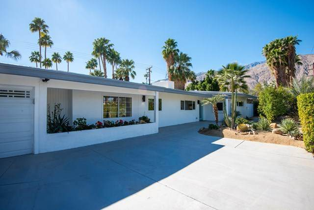1075 E Sunny Dunes Road, Palm Springs, CA 92264 (#219057913PS) :: The Alvarado Brothers